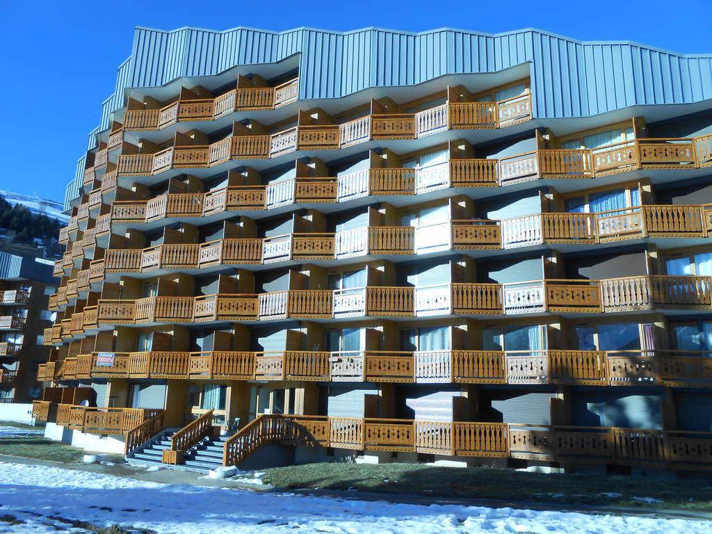 Location studio r sidence plein sud b les deux alpes for Piscine les deux alpes